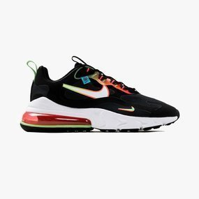 Nike | HERSTELLER | HERREN SNEAKER PEEKER