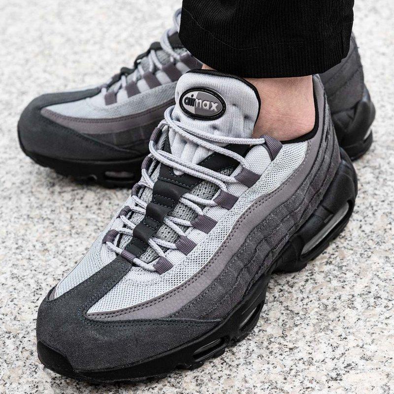 Nike Air Max 95 Essential (AT9865 008)