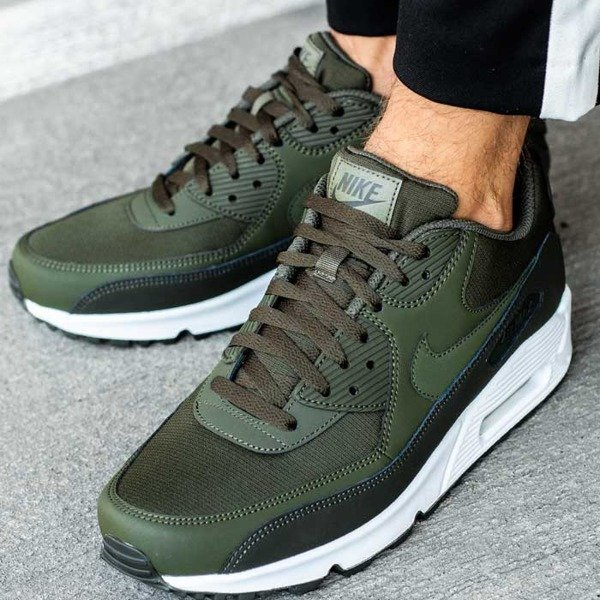Nike Air Max 90 Essential (537384-310)