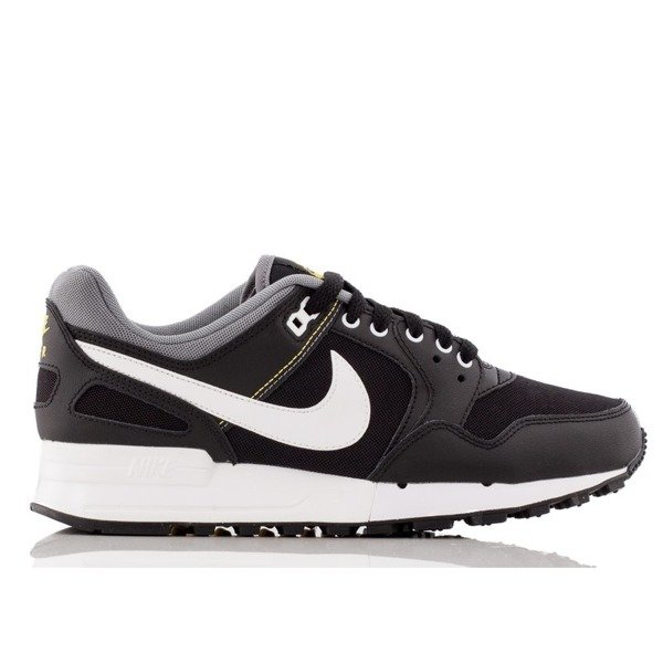 Nike Air Pegasus (908981-001)